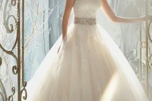 أجمل وأحدث صور فساتين زفاف لعام 2015 – 2016