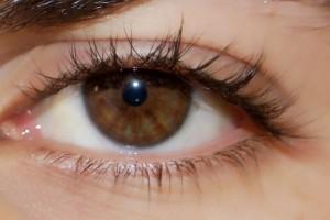 تعرفي على شخصيتك من لون وشكل عينيك
