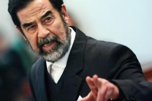 جندي أمريكي يكشف شيء عجيب حدث أثناء إعدام صدام حسين