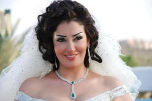 الحقيقة وراء زواج غادة عبد الرازق للمرة الرابعة وشهر العسل في إسبانيا!