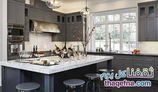 Grey-in-the-kitchen-is-one-of-the-hottest-color-trends-of-the-year
