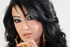 سمية الخشّاب تضع نفسها بموقف محرج ويسخر منها الجمهور والمعجبين، وتبرر موقفها بهذه الطريقة!!