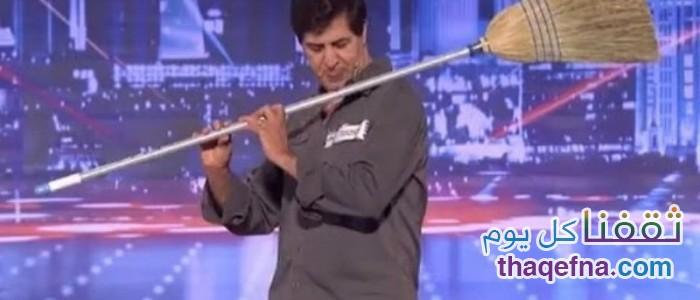 موهبته لا تصدق يلعب بالأدوات الأكثر غرابة في العالم…. فيديو