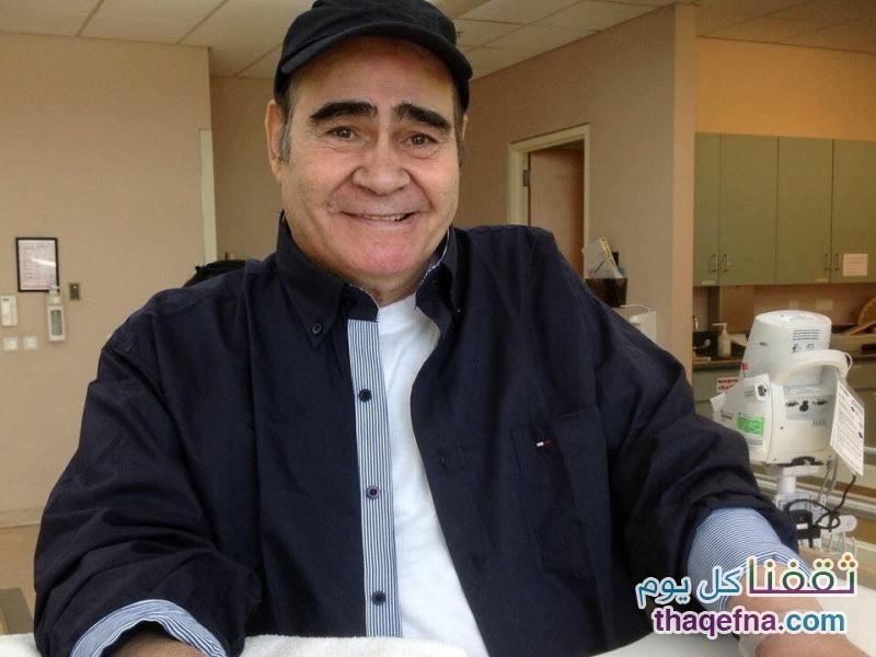 السيد زيان بعد شفاءه من المرض