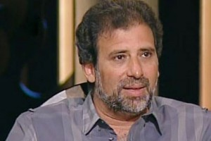 """""""السيدات هن من يتحرشن بي"""" في أول رد لـ """"خالد يوسف"""" بعد نشر """"صور فاضحة"""" له!!"""