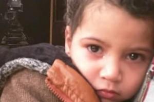 الطفل أحمد منصور… أبن الأربع أعوام حكم بالمؤبد بتهمه الإرهاب