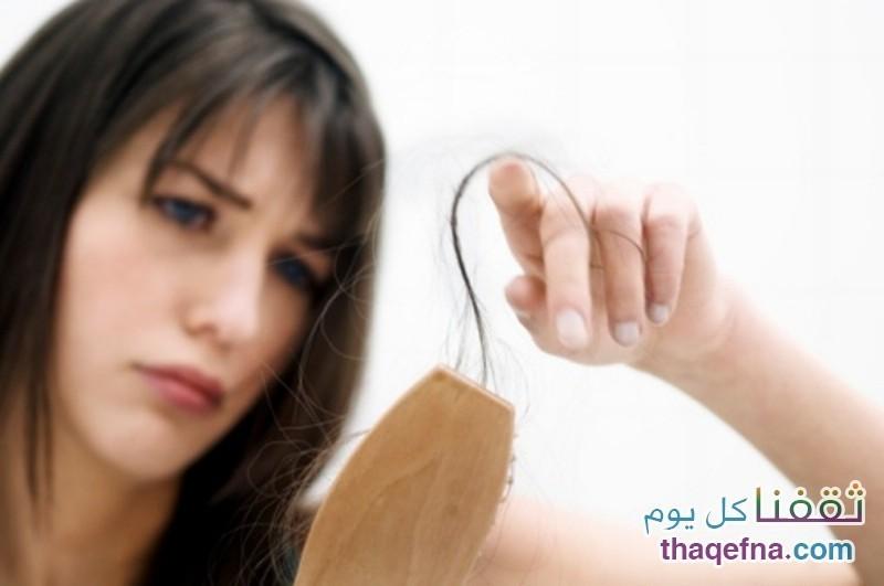 علاج الشعر المتساقط والضعيف بوصفة طبيعية ،،، فيديو