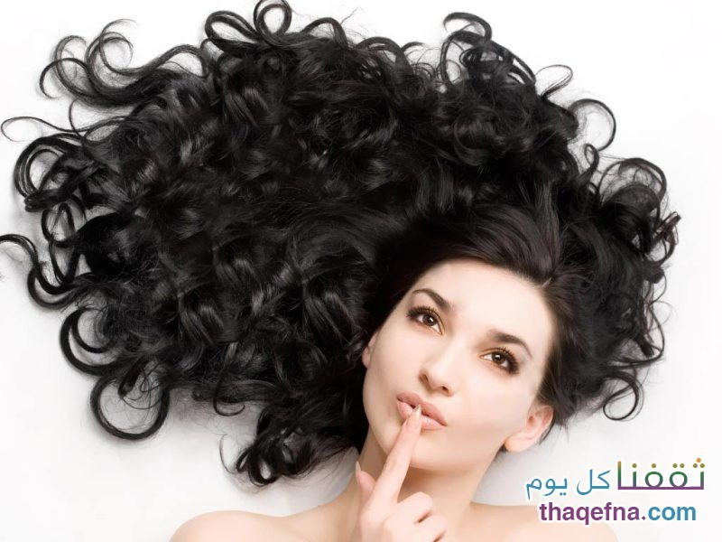 منتجات الشعر تؤدي الى حب الشباب