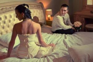 أول ما يلاحظه الزوج في زوجته في اللقاء الأول بالعلاقة الحميمة