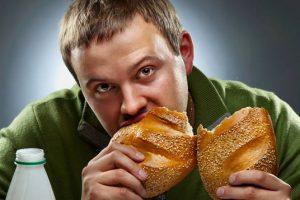 أَسباب تَدفَعُك للتقليل من تناوُل الخبز … مفاجأة للجميع