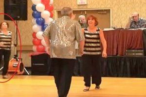 رقص ثنائي رائع جداً ولكن المفاجأة بعد إنضمام هذه السيدة إليهما، فما الذي حدث؟