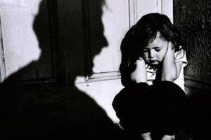 والد يطلب من رئيس دولته أن يسمح له بقتل أطفاله ،، فما هو السبب!!