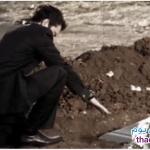 قصة عجيبة لشاب عاشق يخرج حبيبته من القبر حتى يزني بها . . .  فما الذي حدث!! فيديو