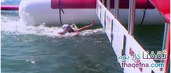 فيديو كارثي في الأولمبياد في محاولة السباحة الفرنسية إغراق منافستها وإفشال محاولتها للوصول للنهاية