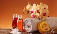 أنواع الزيوت العطرية . . . وفوائدها . . .تعرف عليها واستفد منها شاهد بالصور