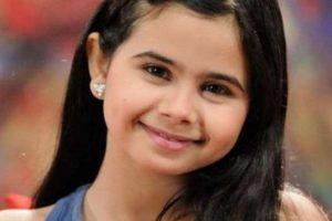 """الفنانة منة عرفة ترد على منتقدي إطلالاتها الجديدة بالقول """"كلنا بنكبر"""" من خلال برنامج  ET بالعربي"""
