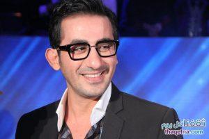 شاهد رد فعل الفنان الشهير أحمد حلمي بعدما قام أحد المتسابقين بضربه بدون قصد