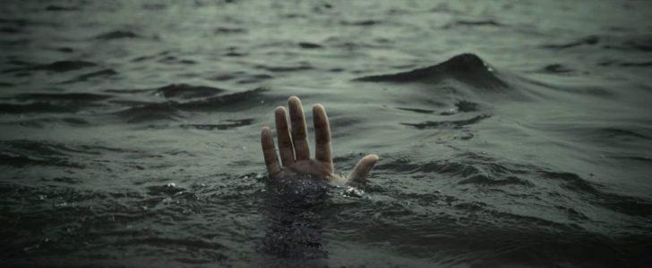 طالب من الأوائل على الجمهورية توفي غرقاً قبل أن يعلم نتيجته بالثانوية العامة على شواطيء الإسكندرية
