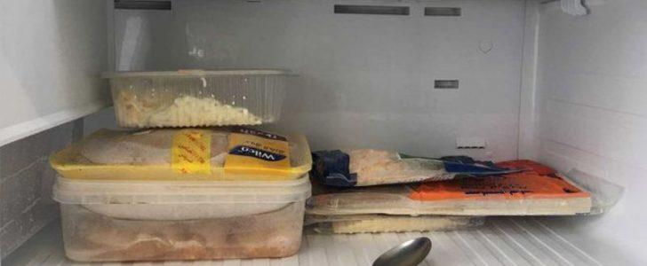 لماذا على كل سيدة أن تضع ملعقة طعام في الفريز – حقيقة مفاجئة للجميع !