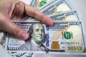 افضل موقع يعرض اسعار صرف الدولار والريال السعودي والعملات الاجنبية مقابل الريال اليمني